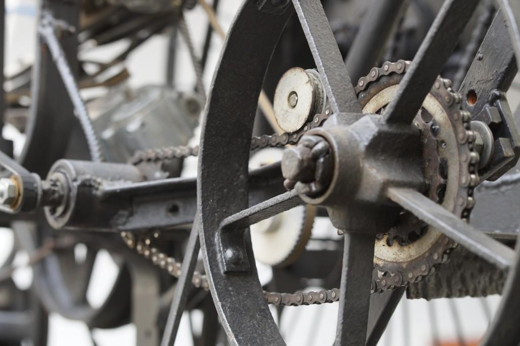 wheels-784865_1920-1024x682